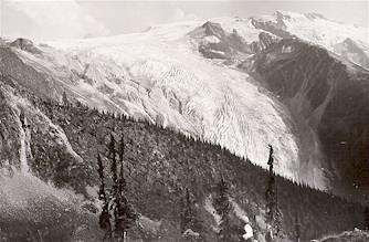 Illecillewaet Glacier (Great Glacier), circa 1898. Photo Credit: Parks Canada Collection.